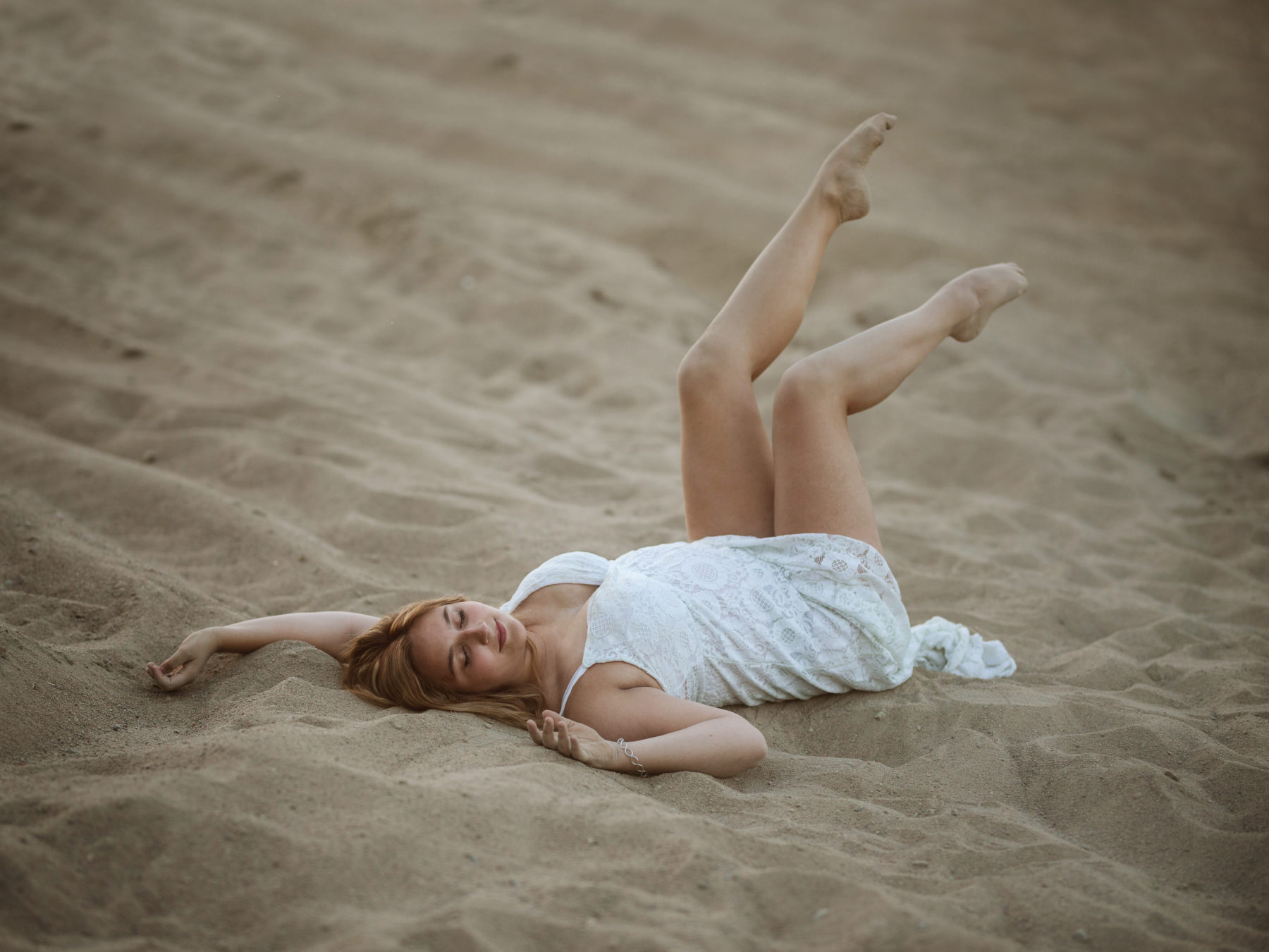photoshoot in the sand